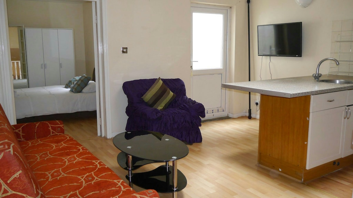 Budget 1 Bed flat on Edgware Road