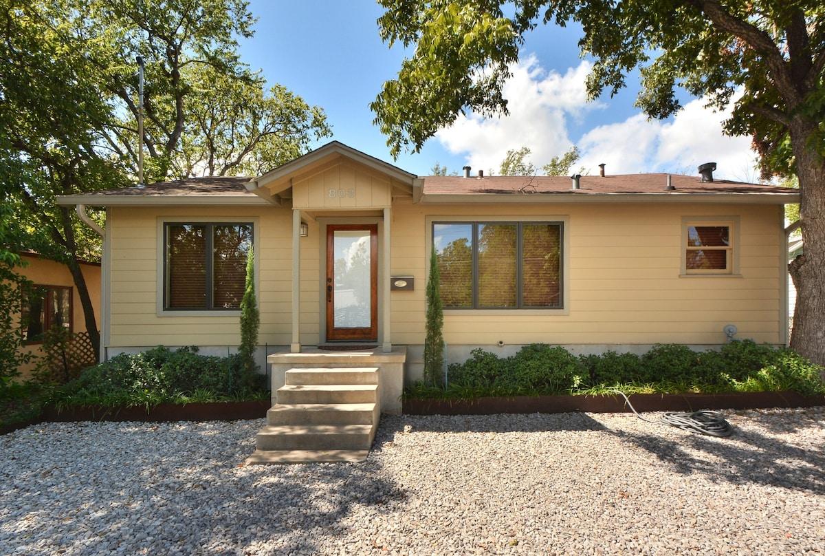 3BR Distinct South Austin House