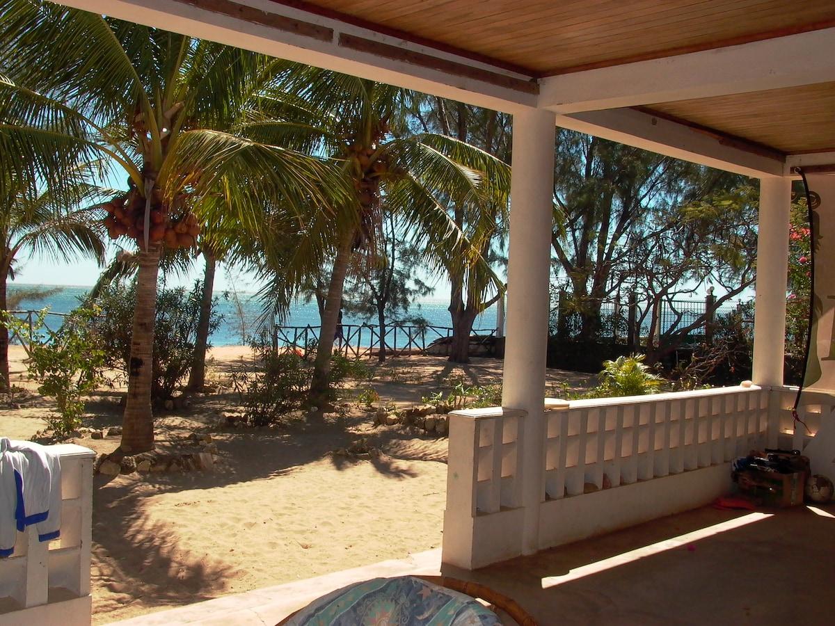 Villa Sambatra Pieds dans l'eau