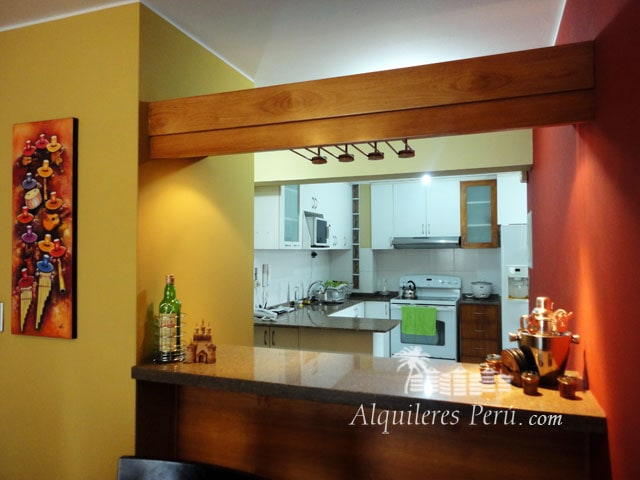 T44: Apartment for rent in Miraflor