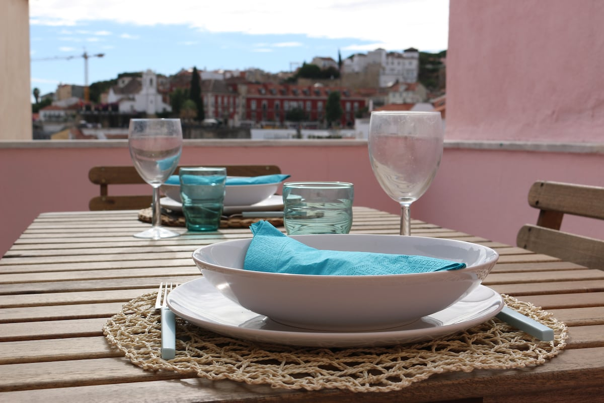 Alfama, Apartments With A View.