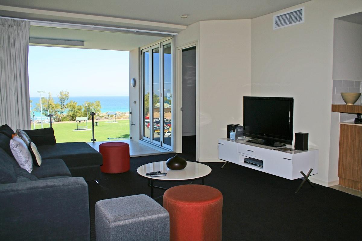 2 bedroom luxury ocean view suite