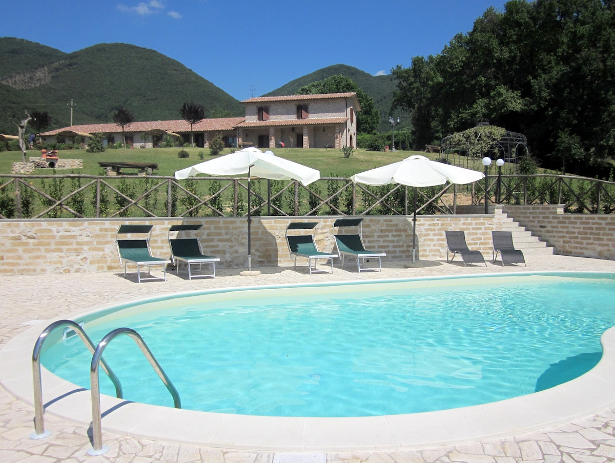 Apartments near Rome with pool