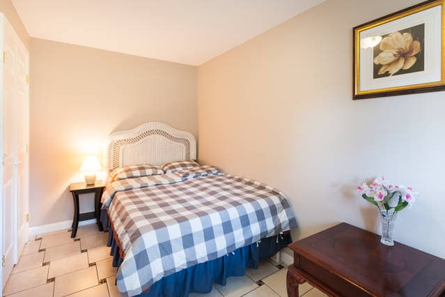 Newly Remodeled Private Bedroom #1