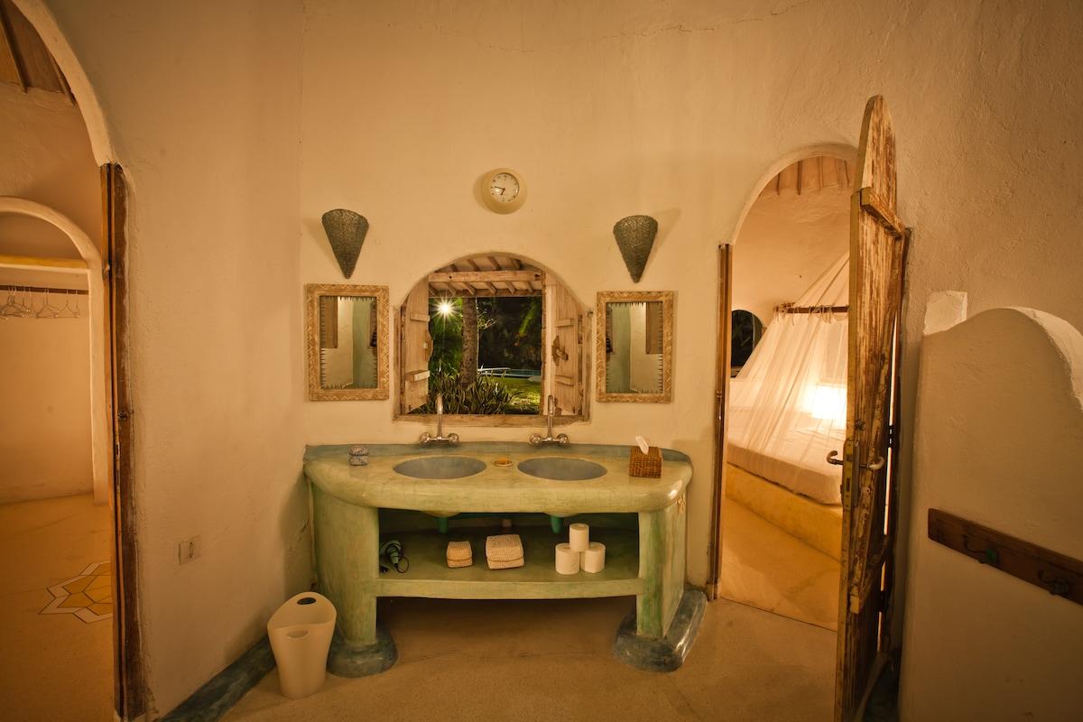 Crescent Moon - 2 Bedroom Villa