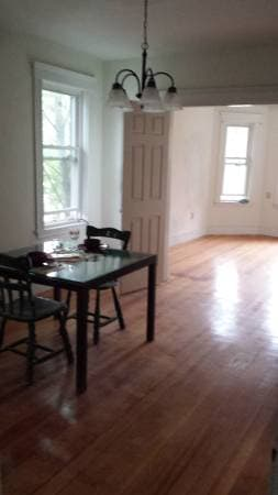 2 bedroom close to public transit