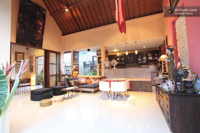 Suite in charming SanurBeach Villa
