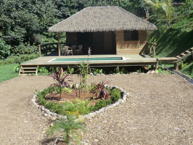 Very nice bungalow, tropical style