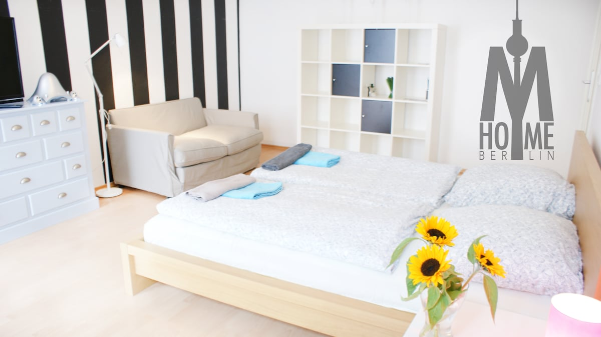 this is our new 180cm king size bed