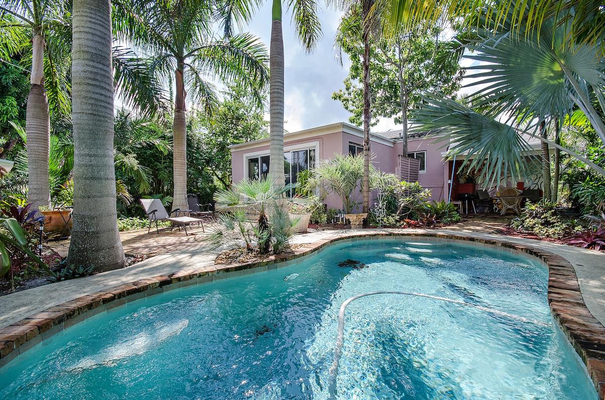 1950s bungalow, S Florida comfort