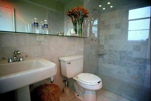 """Bathroom """"Peces"""""""