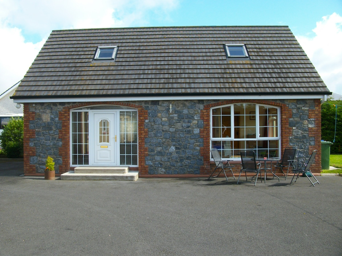 HOME from HOME - SELF CATERING UNIT