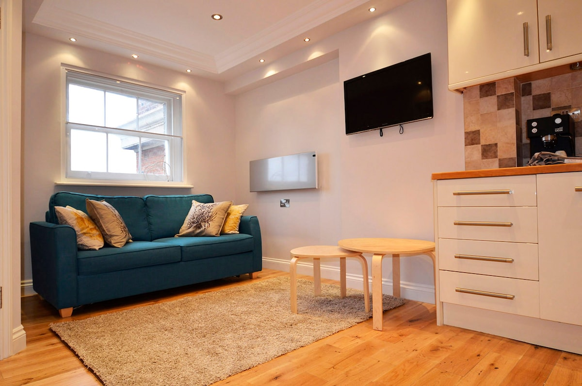 Beautiful flat, Central Location