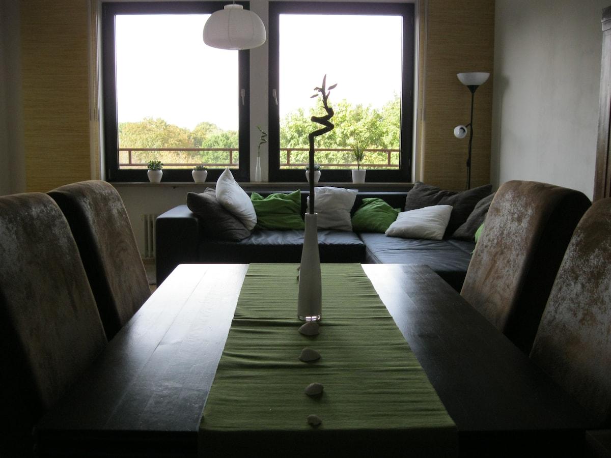 2-room apt., central & quiet