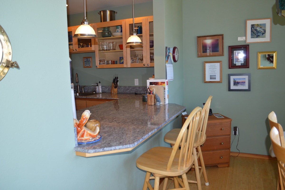 Breakfast bar with Poetry wall in background