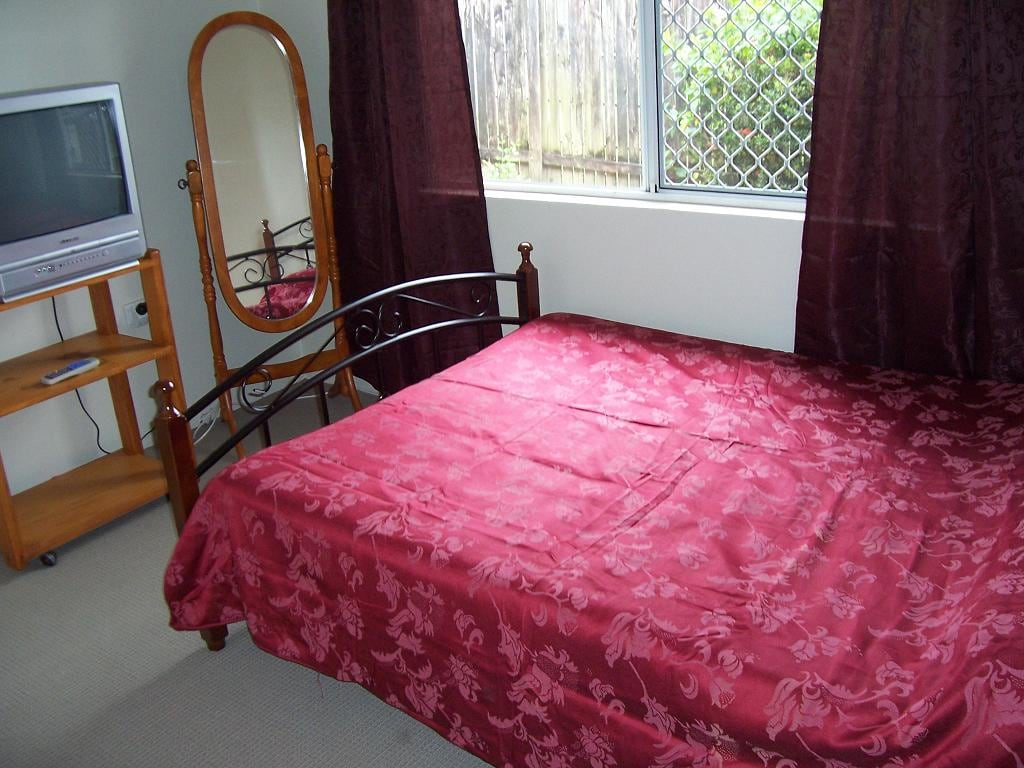 Kewarra single room near Cairns