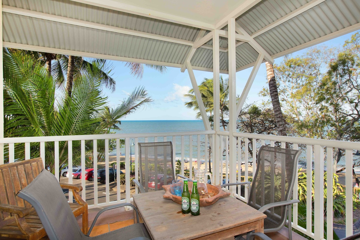 """3BR Waterfront """"The Beach Shack"""""""