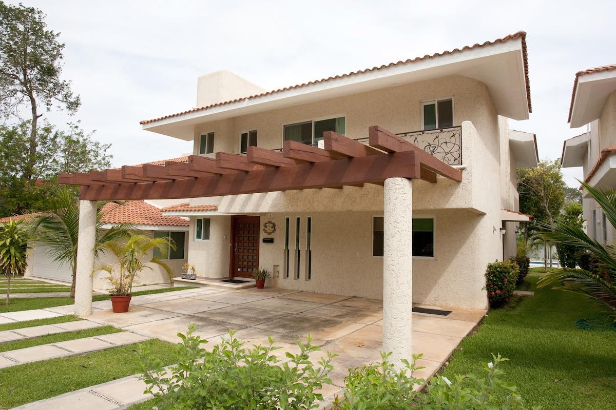 Casa De Velas Luxury Villa