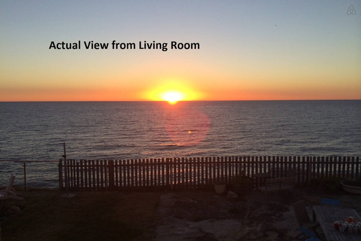 Oceanfront -  2bed, 2pkg, rooftop