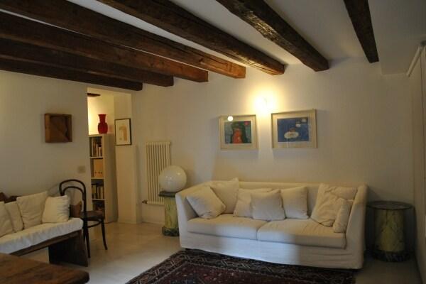 Fab Apartment In Venice