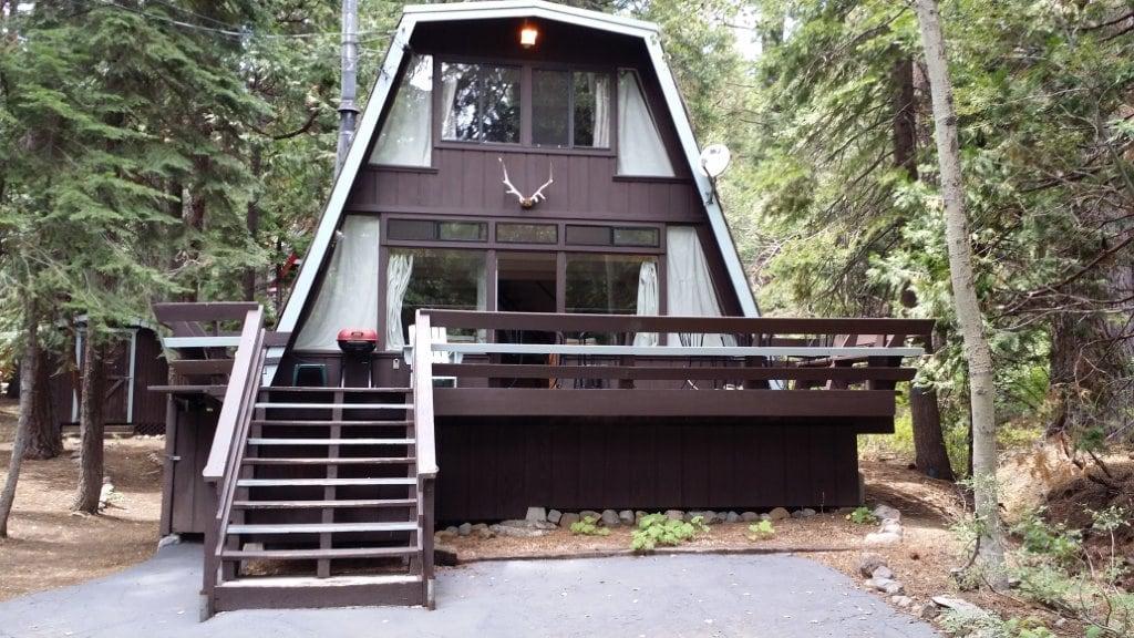 Sunnyside Cabin in Tahoe Park