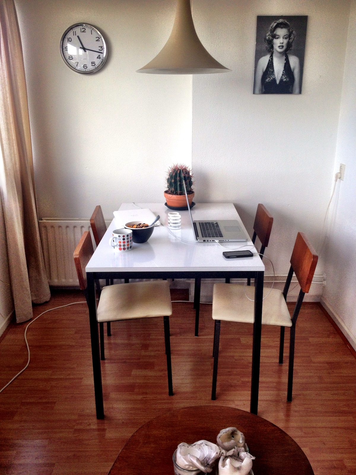 Dinner table with industrial design chairs 'Kuperus Almelo'
