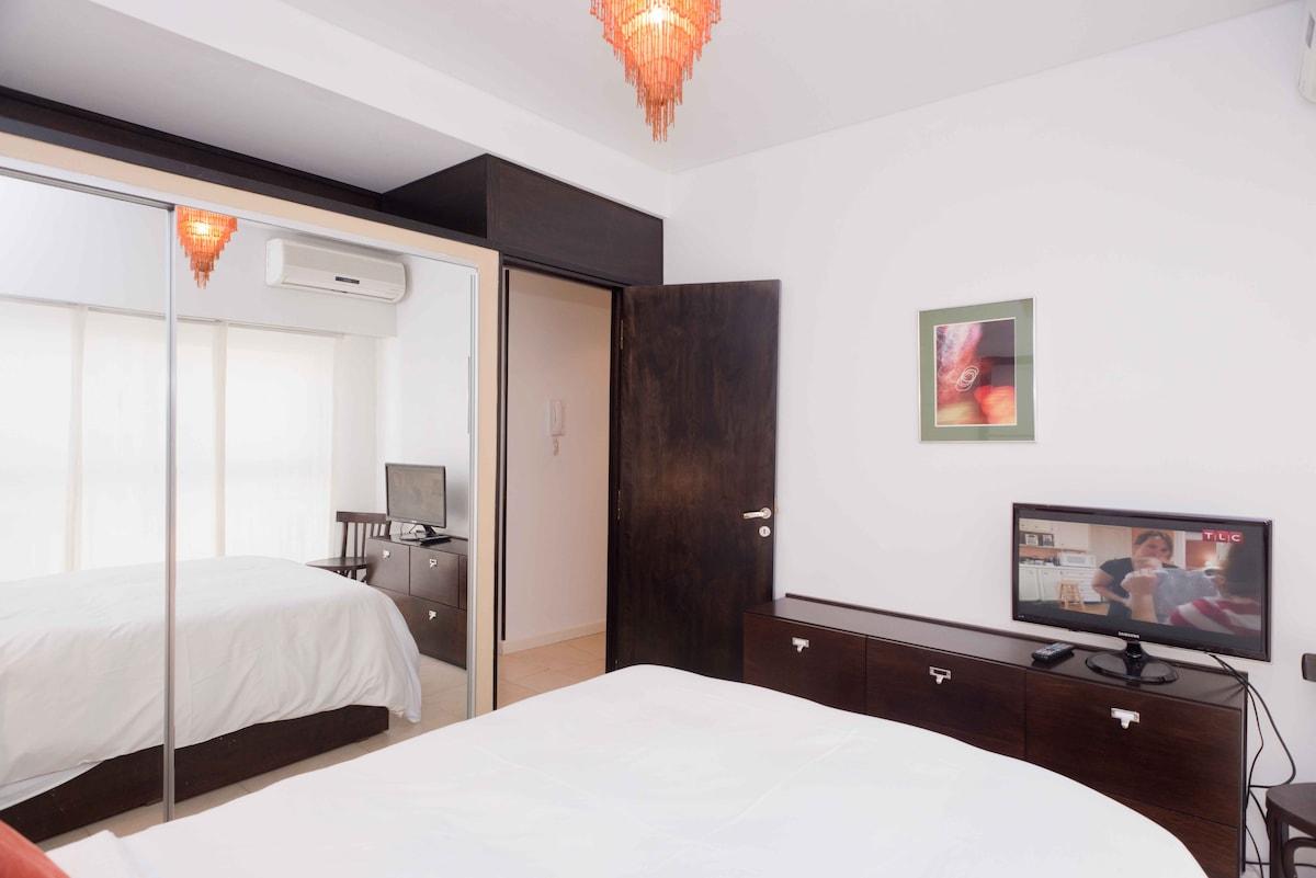 Great one-bedroom apartment in Recoleta with balcony- 9th floor