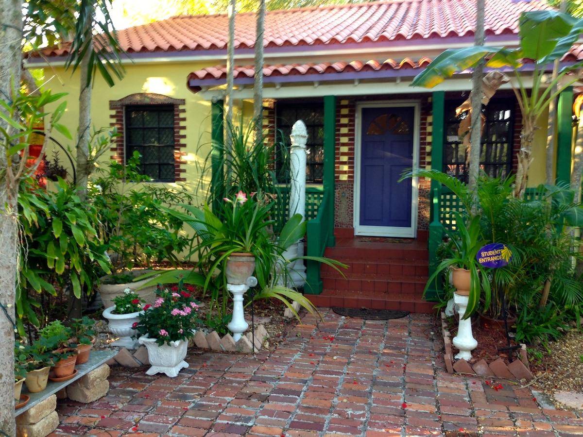 Coconut Grove Hideaway