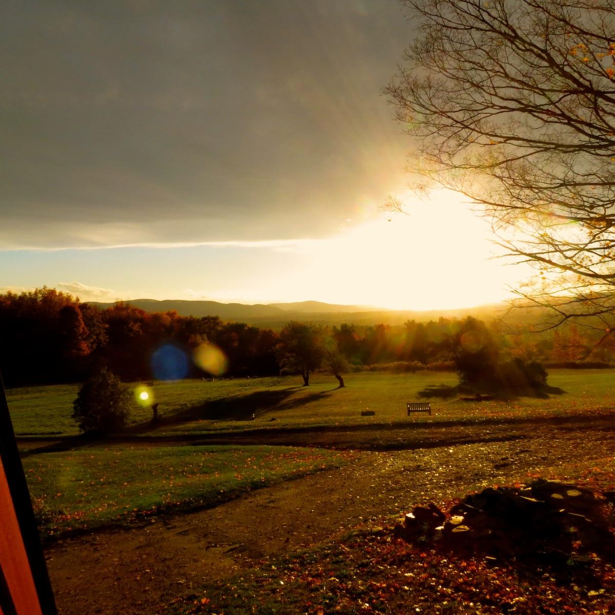 Berkshire Loft w/ Panoramic views
