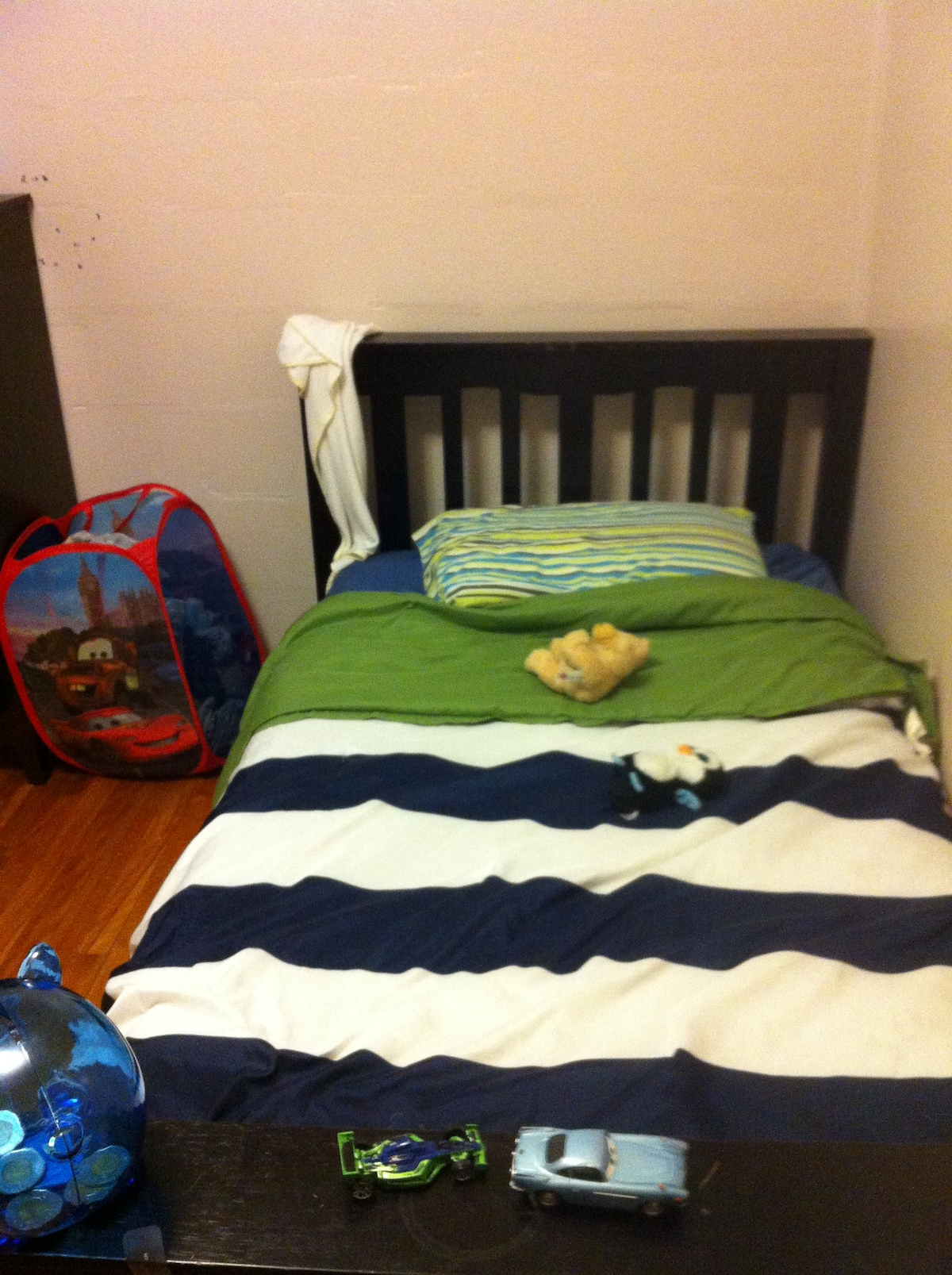 One Cozy Room
