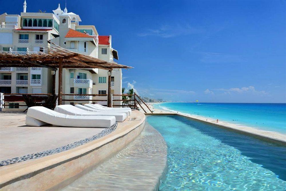 Ocean Front Suites 1 Cancun Plaza