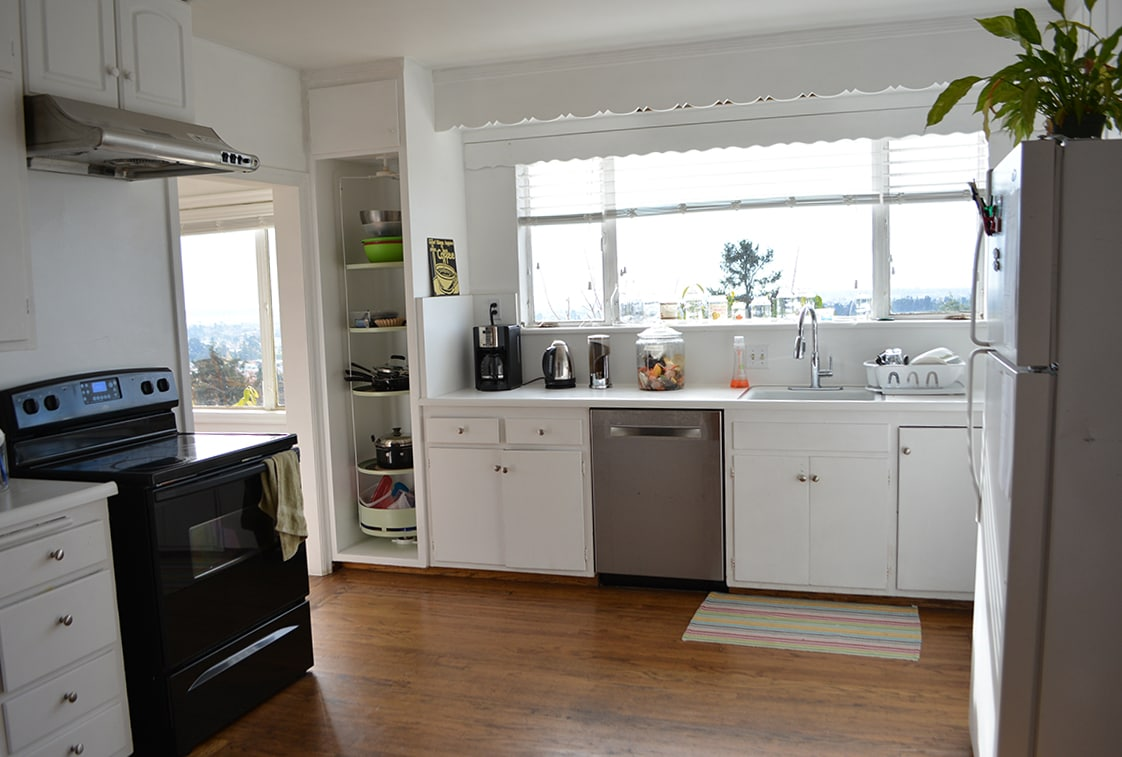 Full kitchen use with stove/oven, coffee maker, dishwasher, some cookware, toaster, microwave, and fridge. Breakfast items (for you to prepare) included.