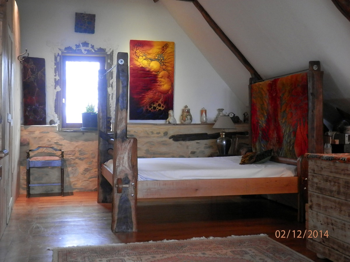 70 sqm arty converted medieval barn