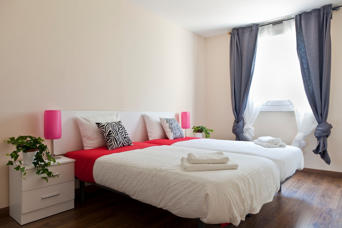 LUX 4 ROOMS -DOWNTOWN BY THE BEACH