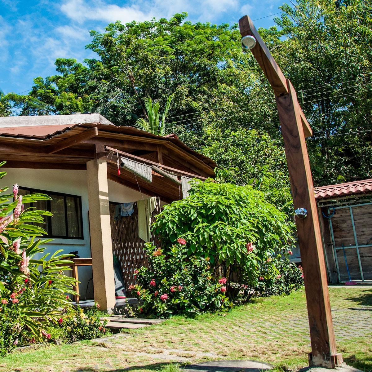 Maoritsio Garden Studios - Villa