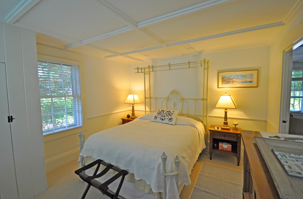 The Joy Room with queen bed.