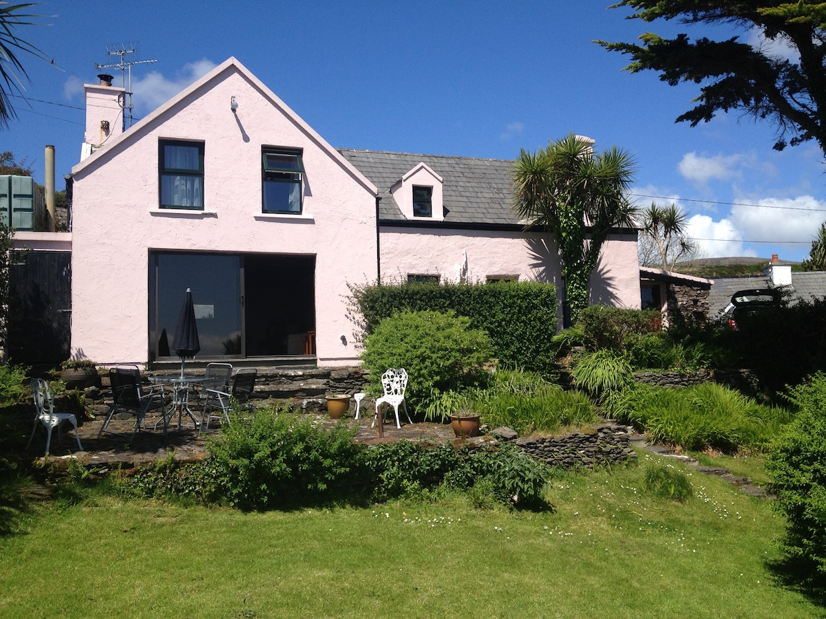 Charming Cottage - Ring of Kerry