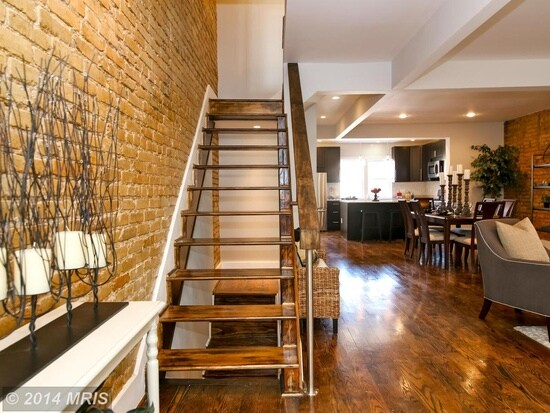 1BR w/ Yoga Nook - Rustic Rowhouse