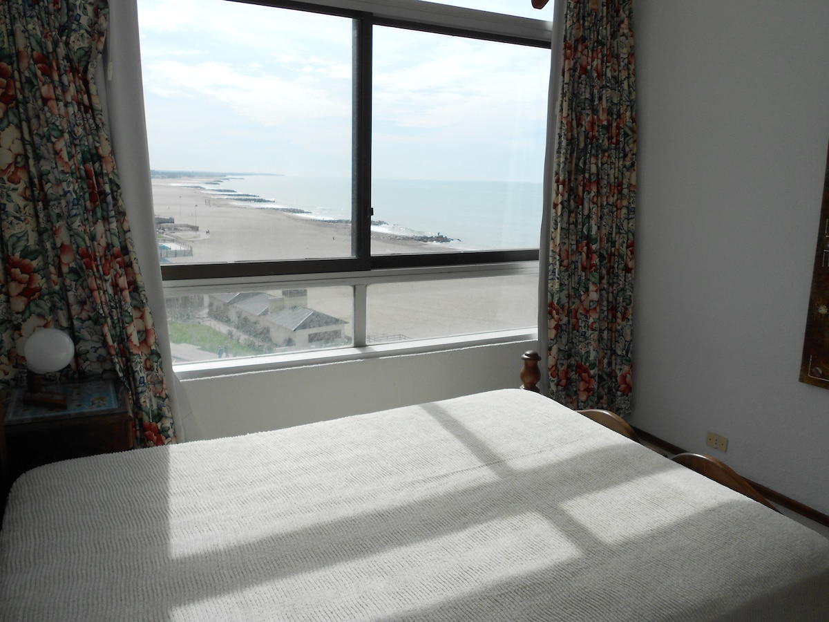 Large Apartment Next To Beach