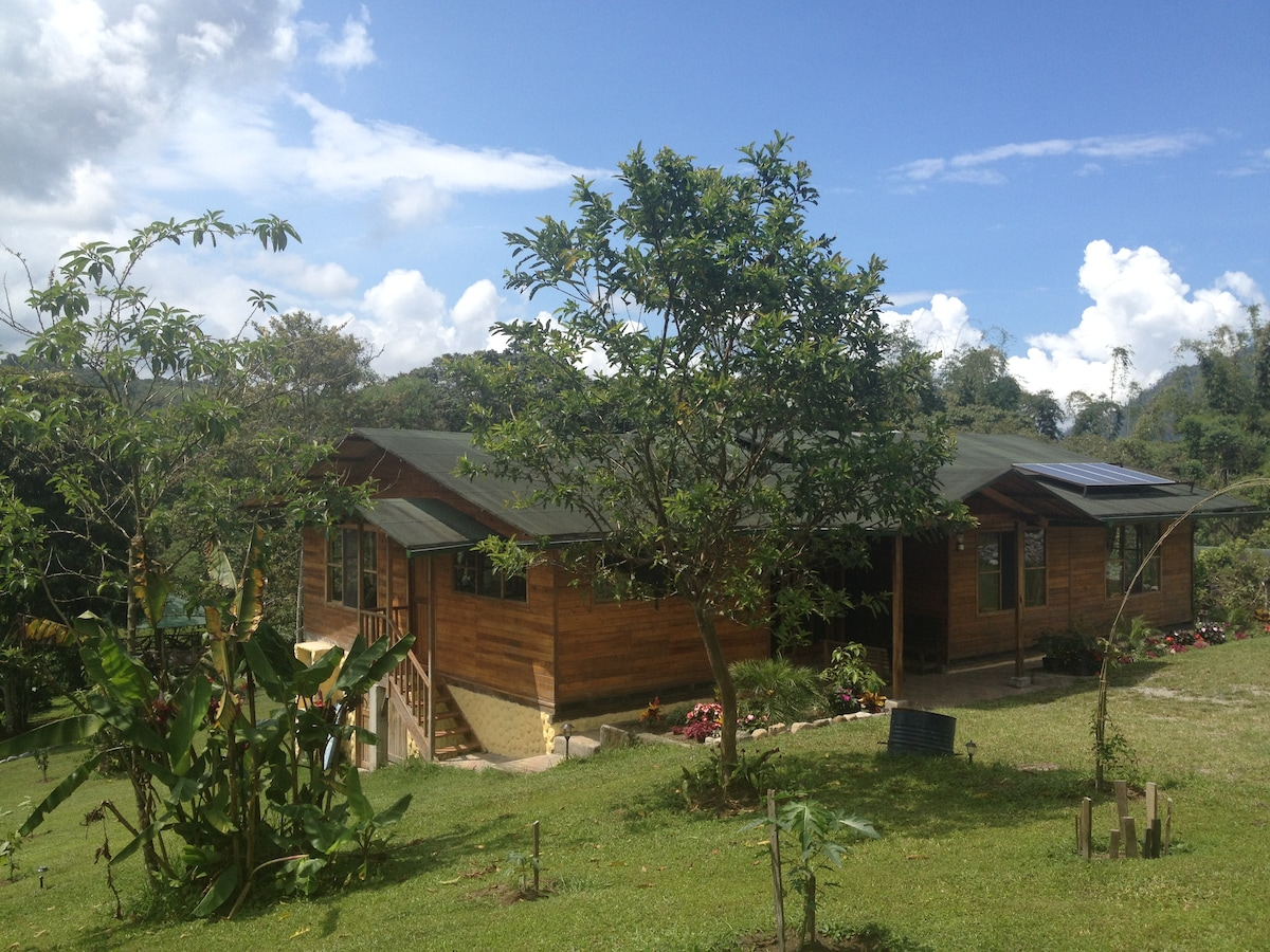 EcoSolar House in Mindo Countryside