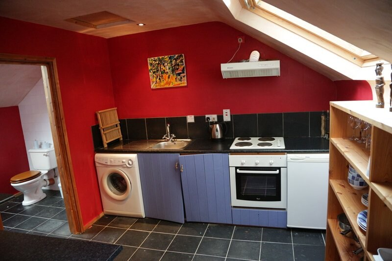Fully kitted out kitchen