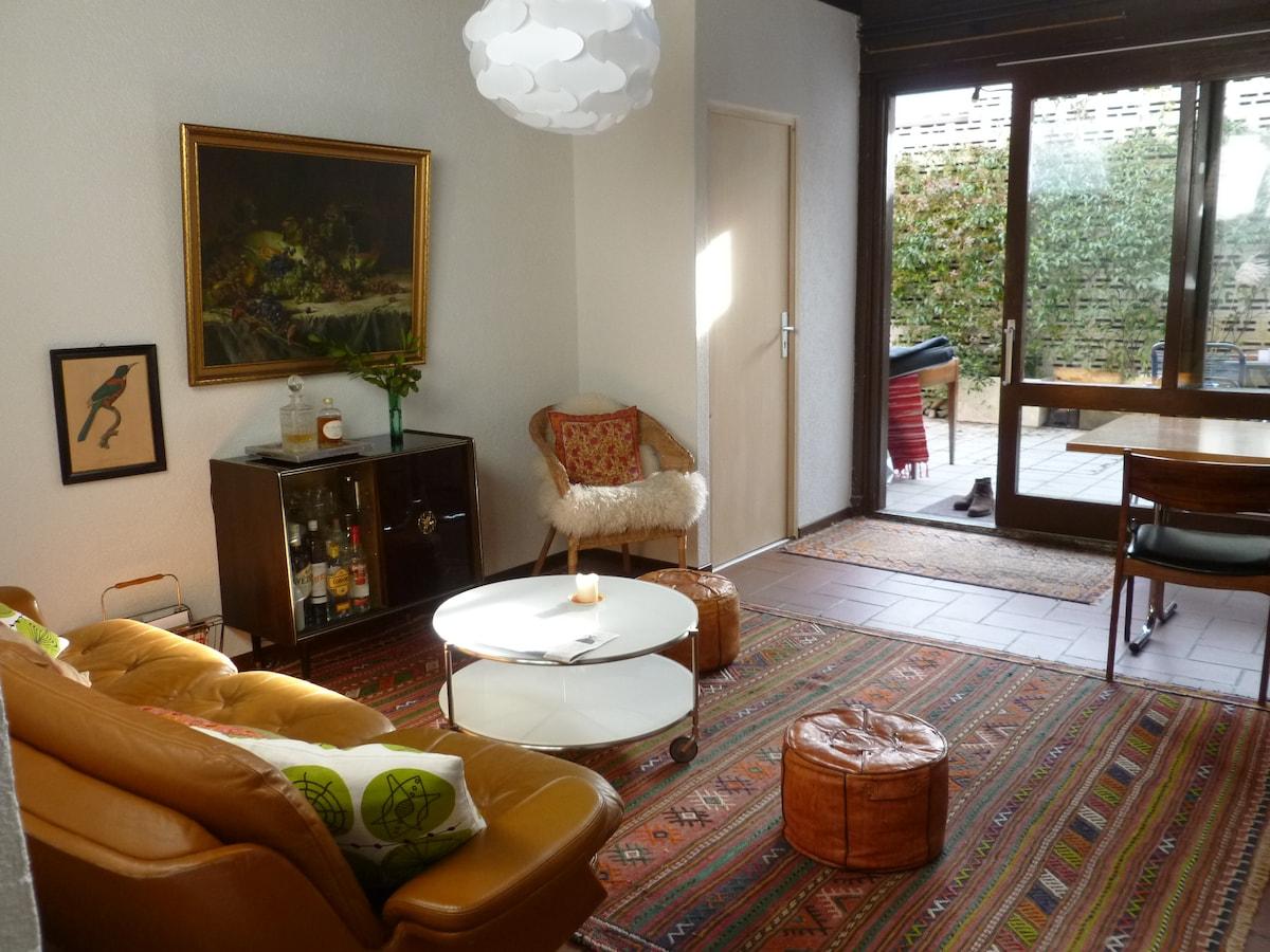 Salotto verso cortile - Salon gegen Innenhof