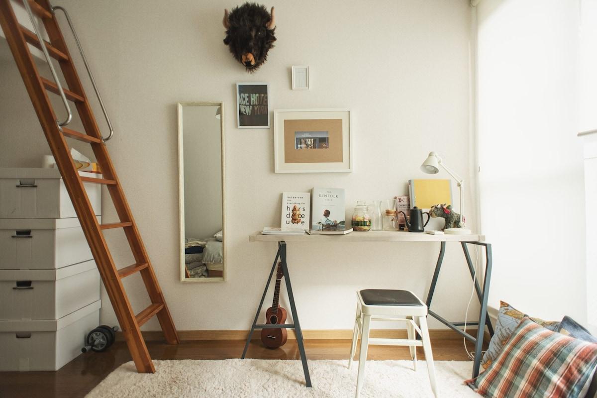 ①Cafe & room(Shibuya/Sangenjaya)
