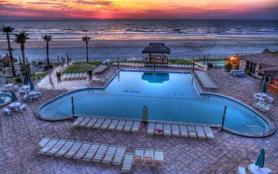 Hawaiian Inn 329 Direct Oceanfront