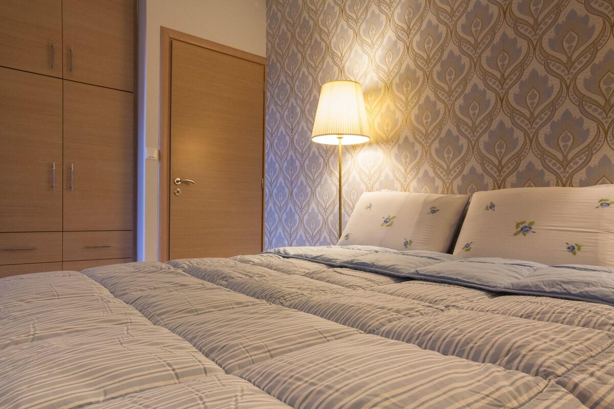 Private Room / private balcony