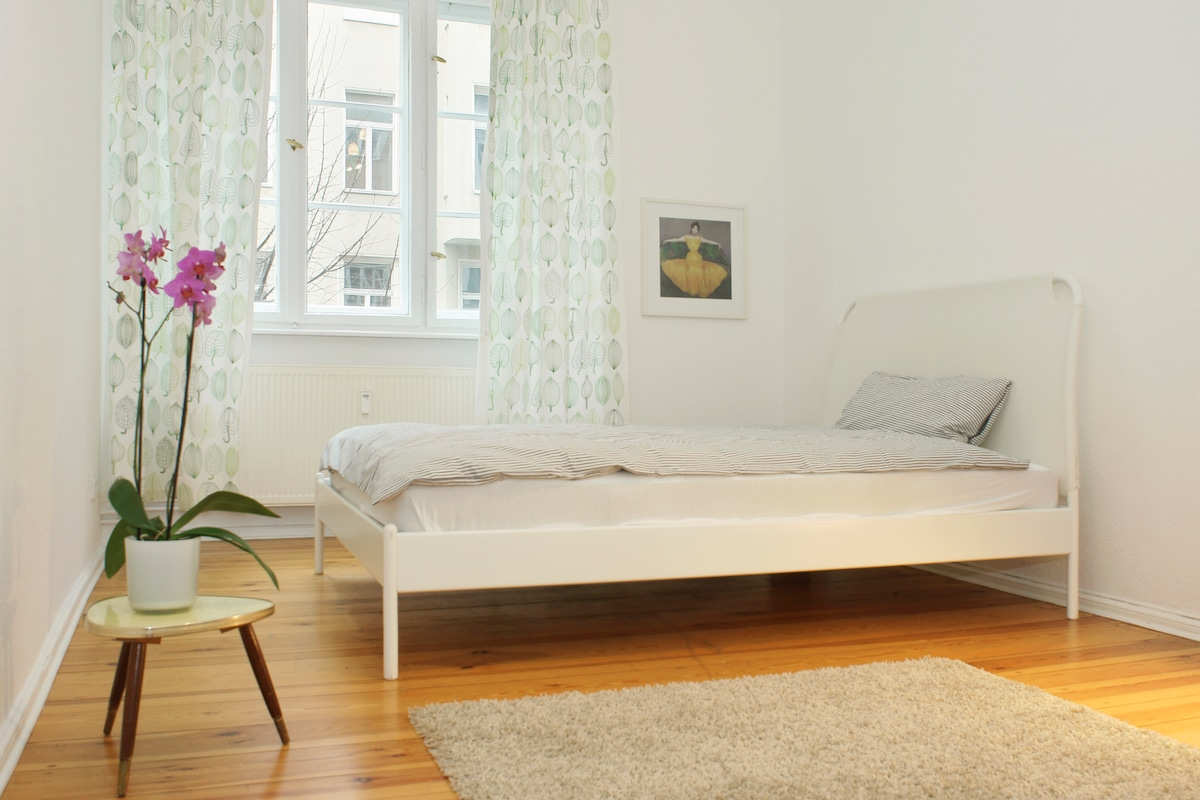 Berlin Central Apartment