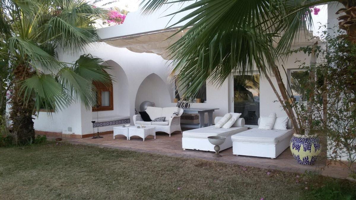 Beautiful Villa in Domina Coral Bay