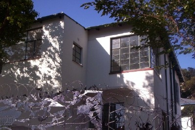 An artists house ext 2/3
