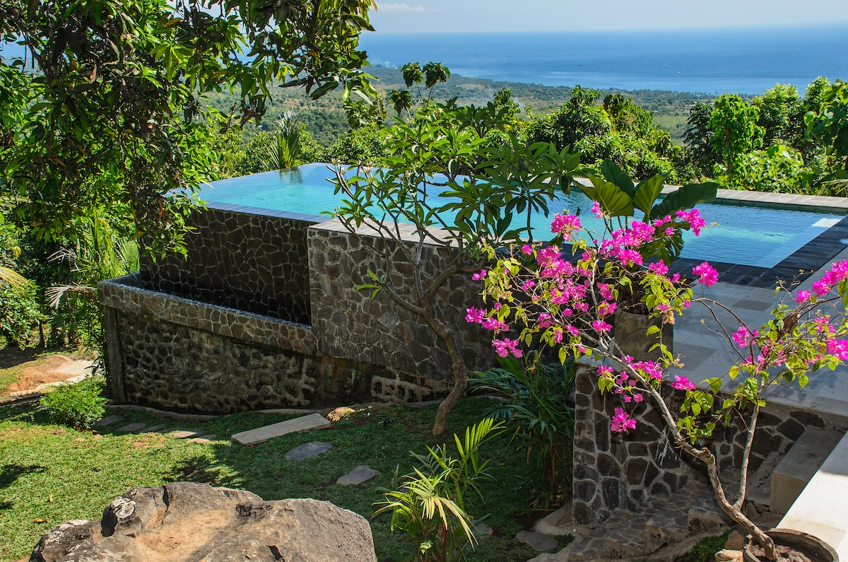NEW, SANGLUNG VILLA NORTH BALI...