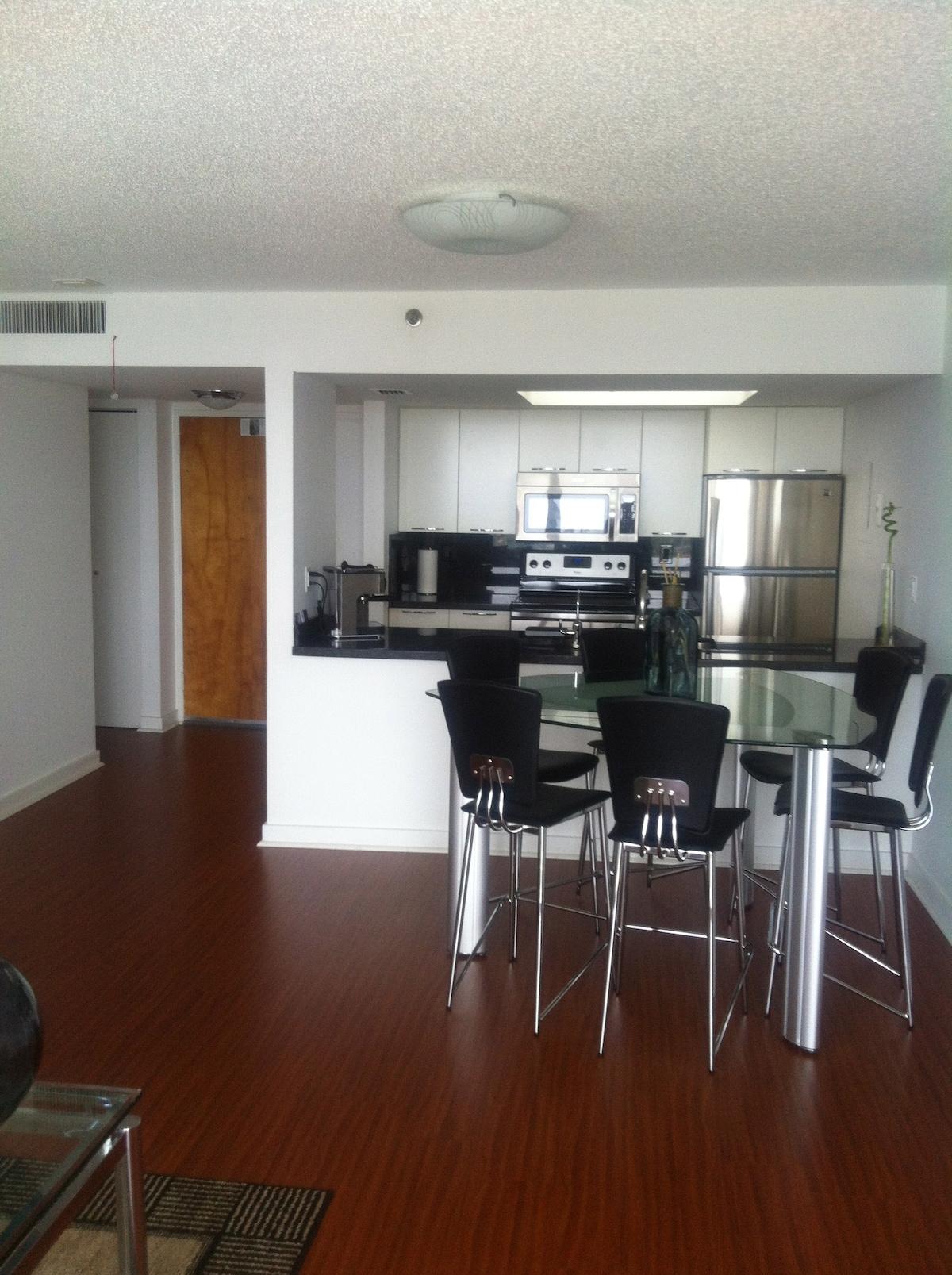 Apartamento Amplo com 2 Suites